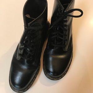 EUC Dr. Marten's boots